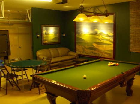 Garage game room decorating ideas for Pool table room decorating ideas