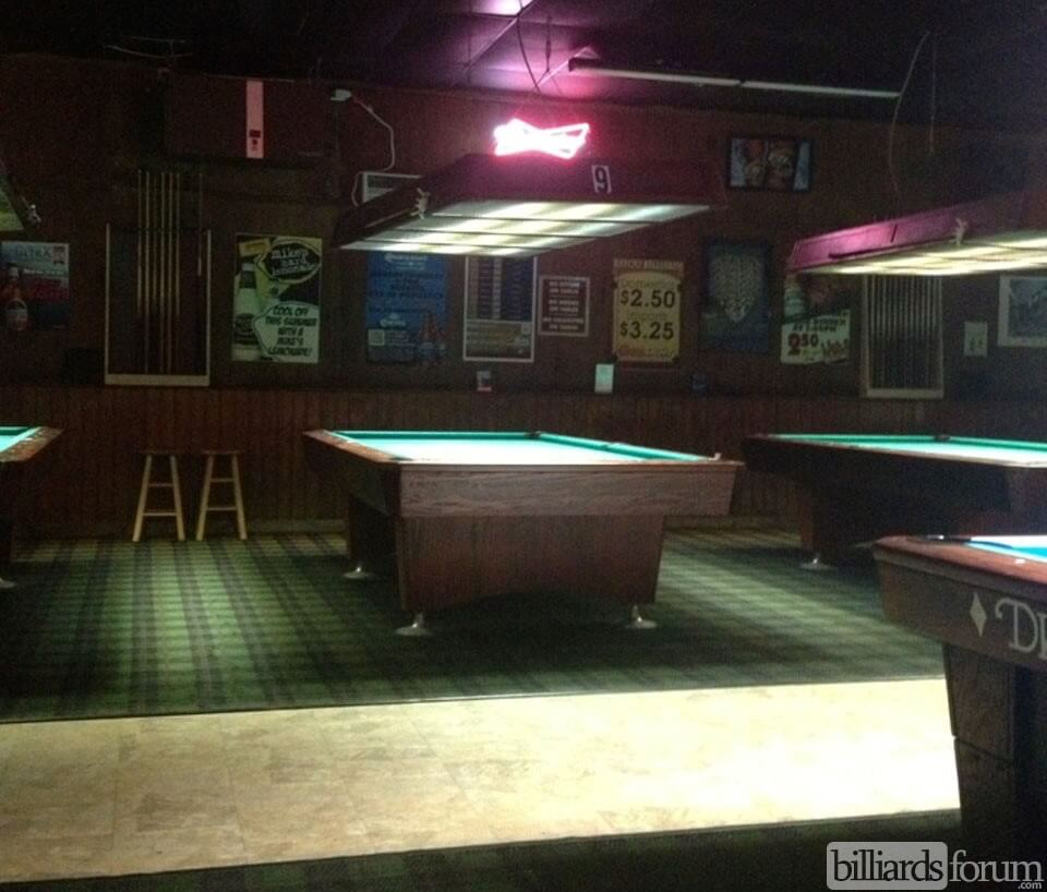 Superbe Bayou Billiards Baton Rouge, LA Pool Table