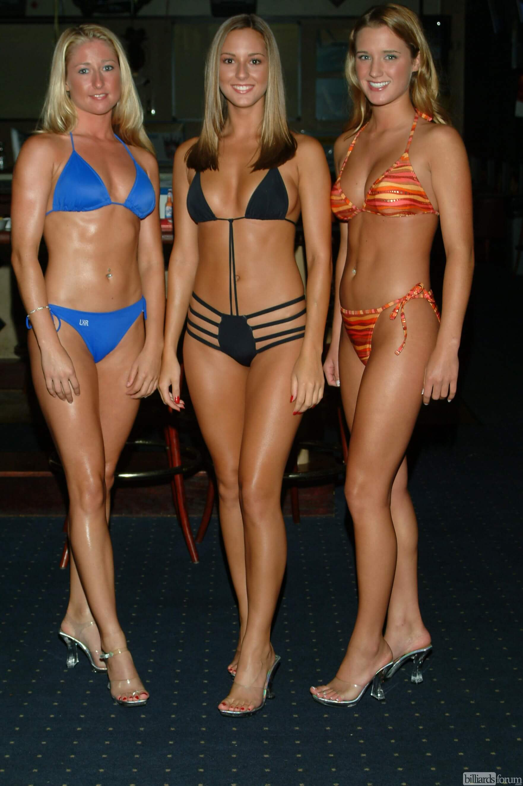 Bikini model competion site, with