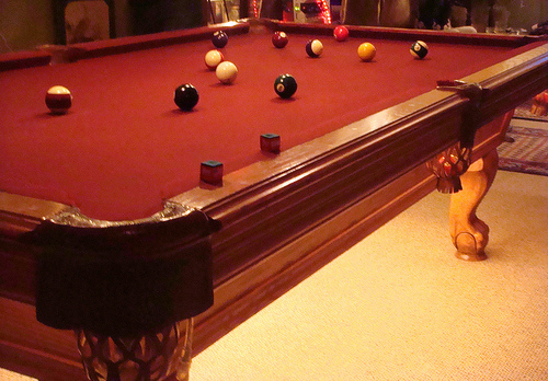 Beautiful oak billiard table with burgundy cloth - Billiard table vs pool table ...