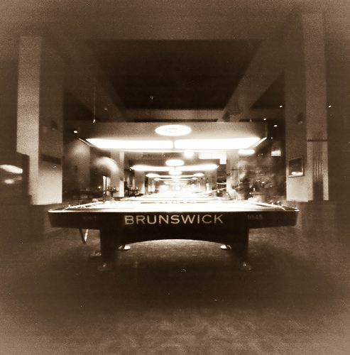 Brunswick TV Pool Table With Table Lamp