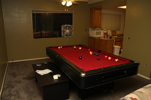 Pool table in a very small room for Small pool table room ideas