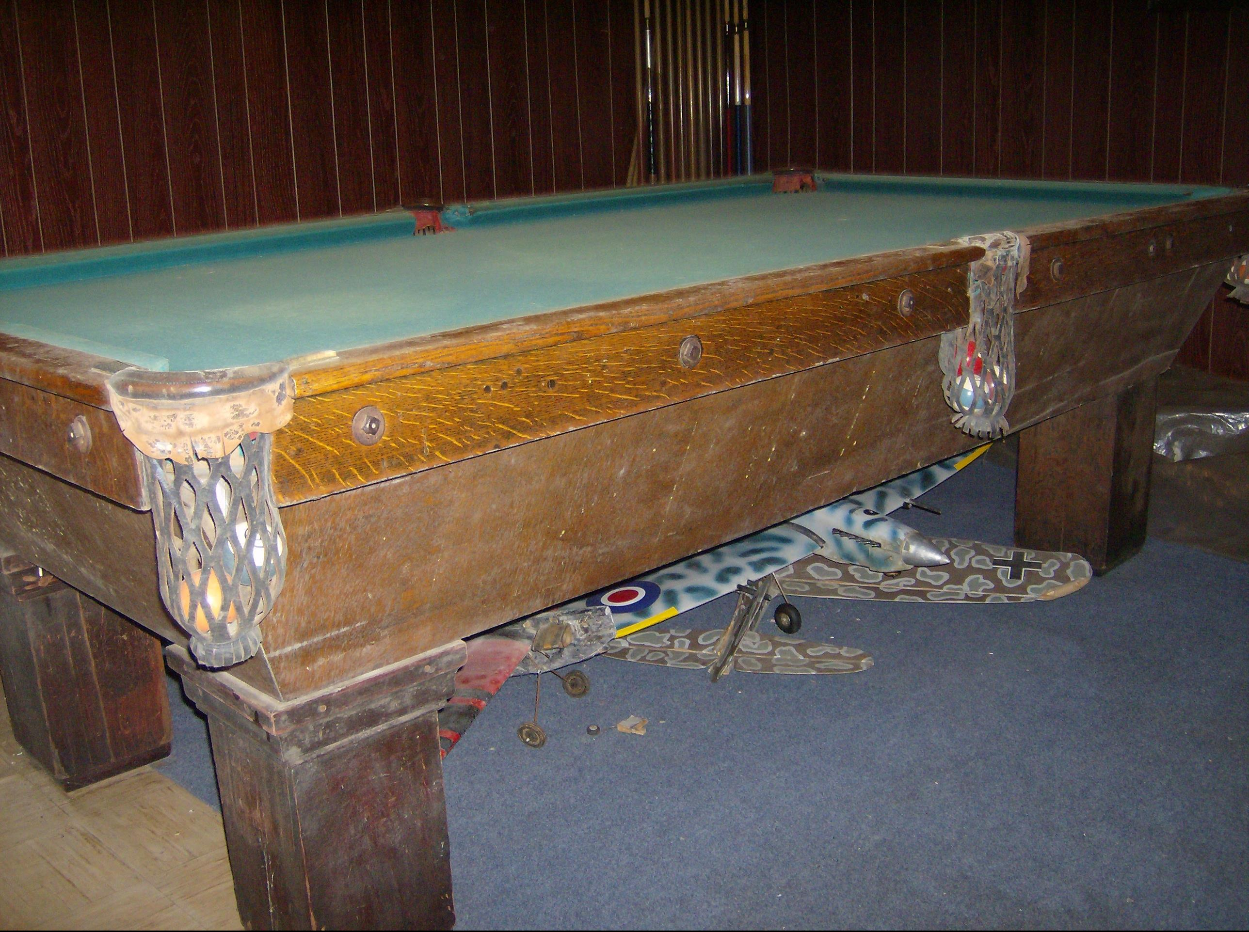 Brunswick Victor Pool Table Restoration - Pool table resurfacing