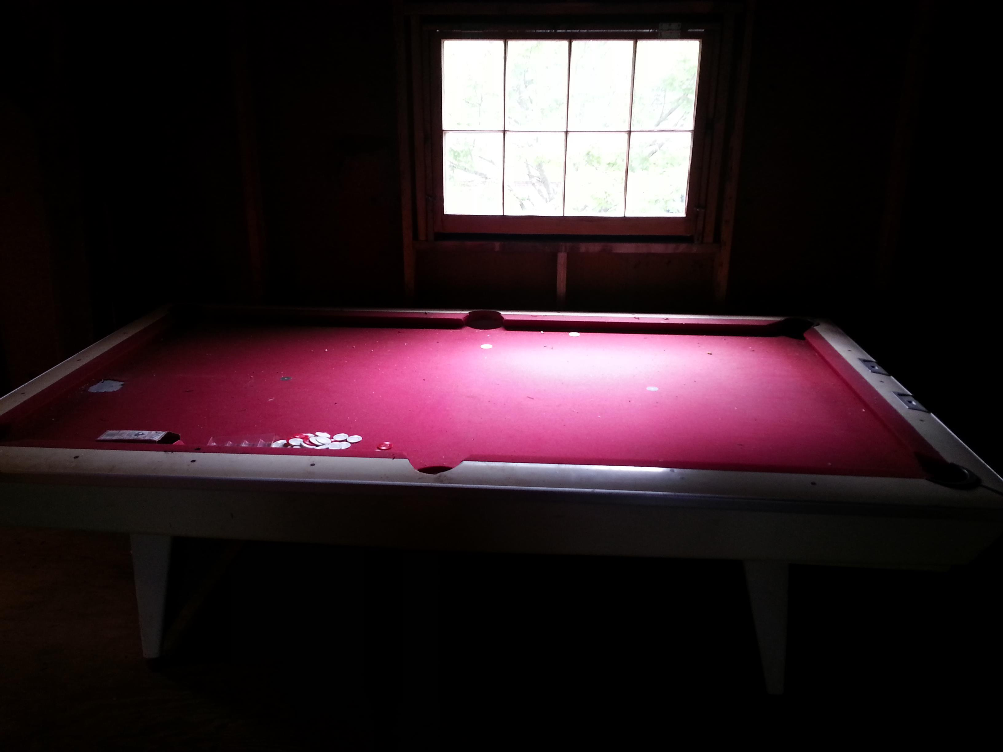 Brunswick-Pool-table---01.jpg
