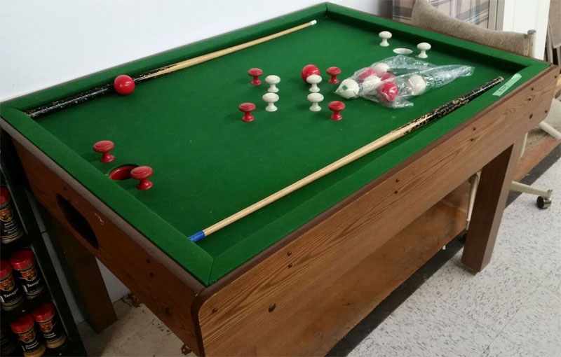 What Bar Billiards Table Is This What Are The Rules Of Play - Bar and pool table near me