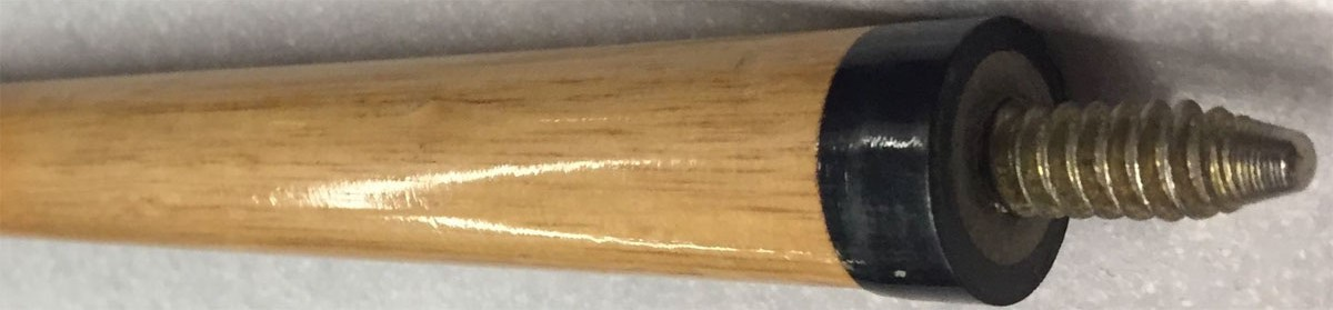Pool cue shaft with brass joint collar