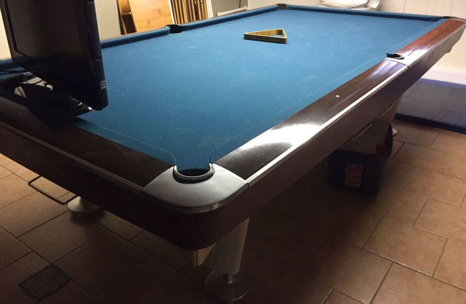 Stupendous Is This A Brunswick Gold Crown Pool Table Download Free Architecture Designs Scobabritishbridgeorg