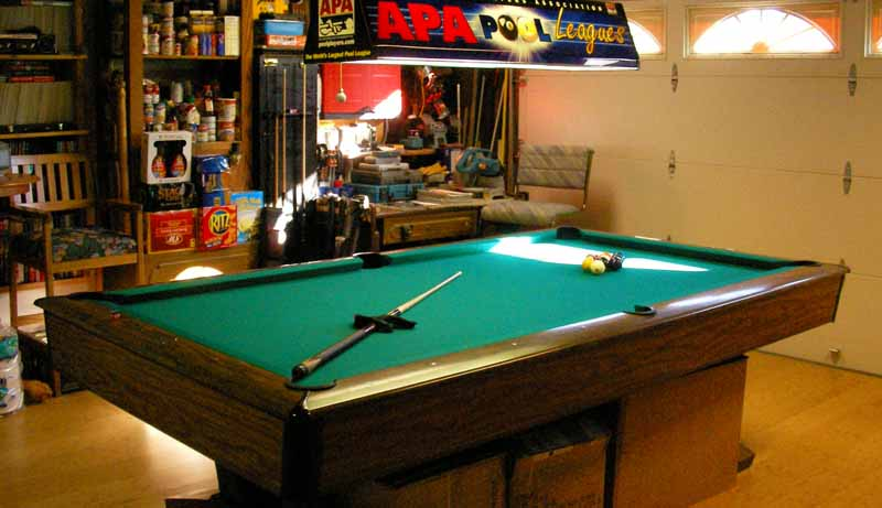 Brunswick Pro Foot In My Garage Pool Room - Pool table in garage