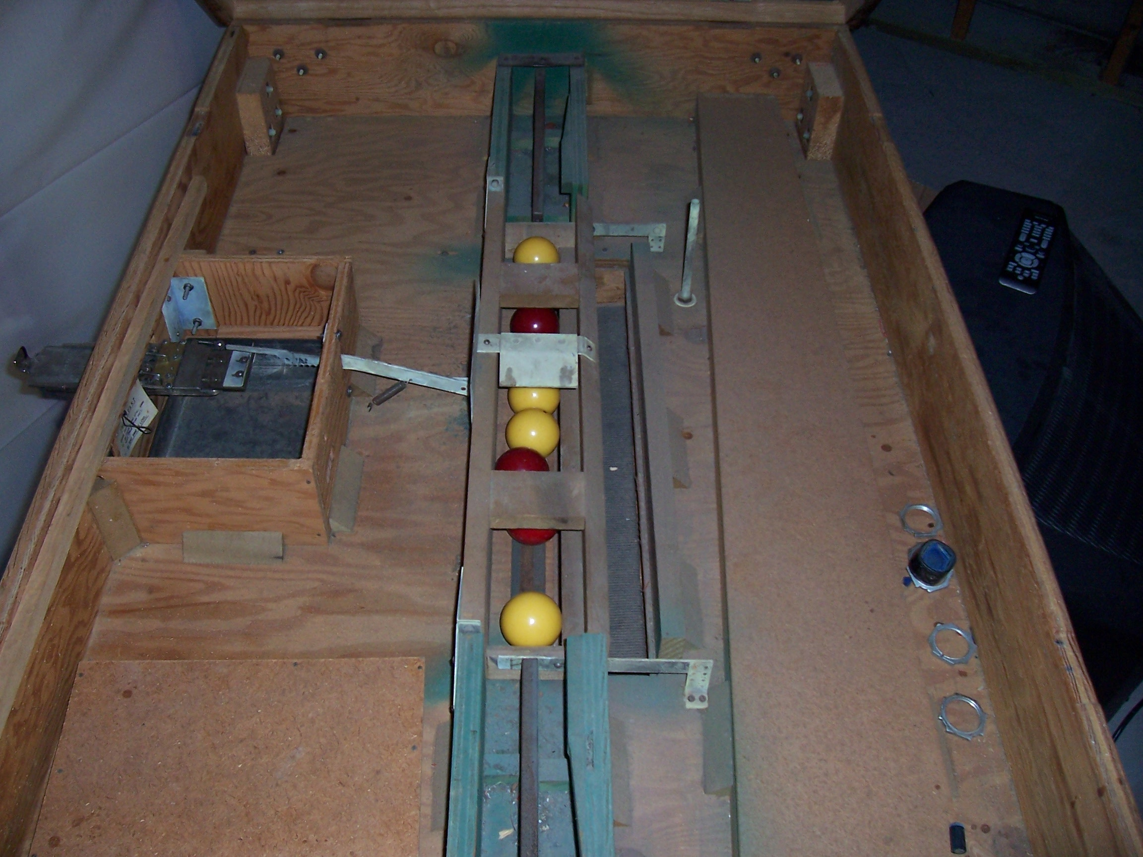 Coin Operated Bumper Pool Table What Do I Have - Coin operated pool table parts