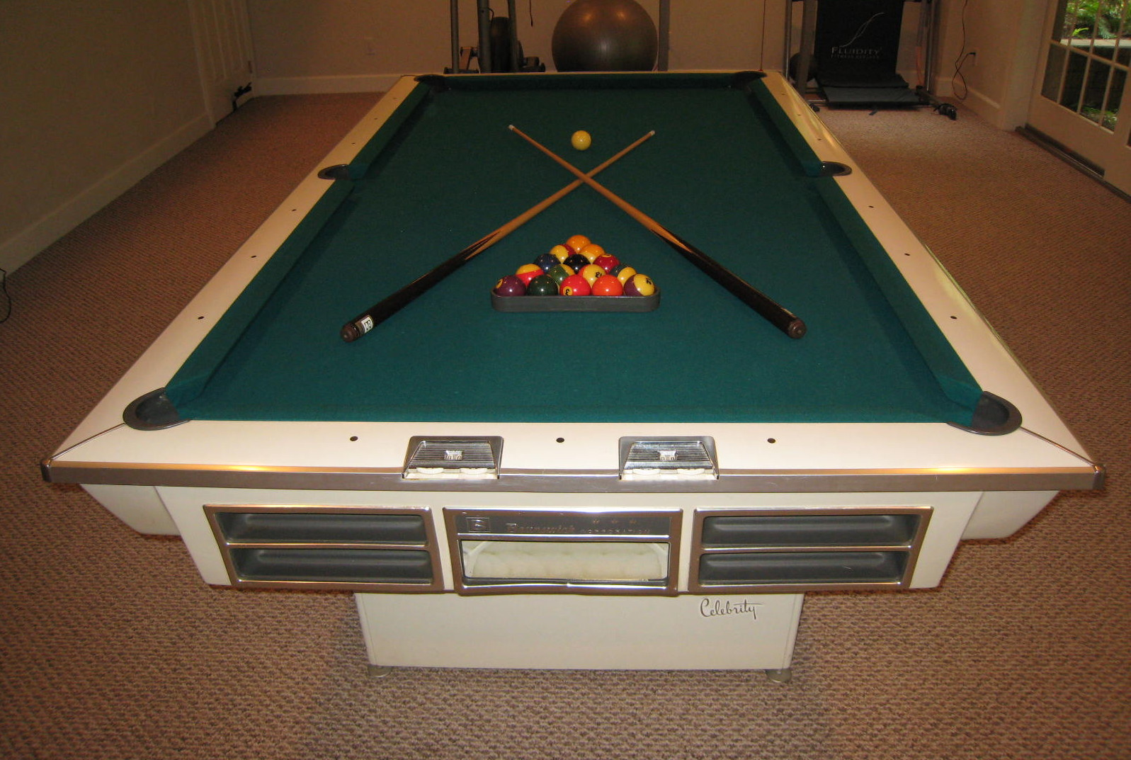 Identify This 8ft Brunswick Please - Billiards Forum