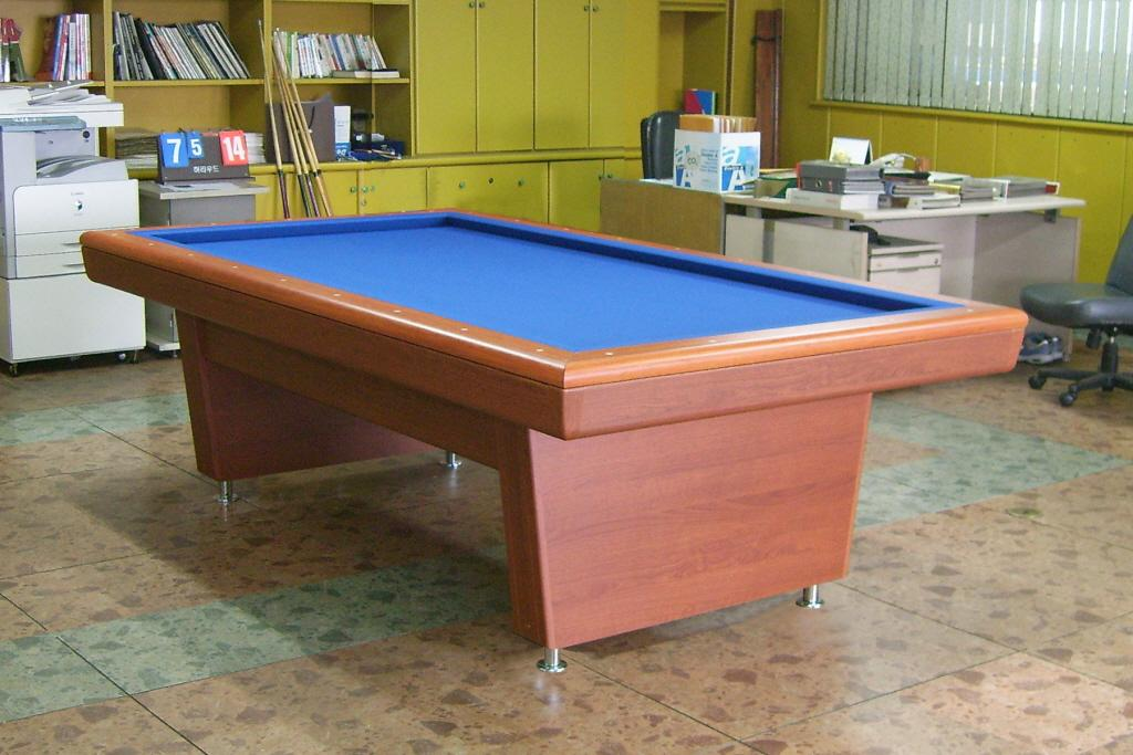Hollywood Pool Table Brand Looking For Reviews - Conference pool table