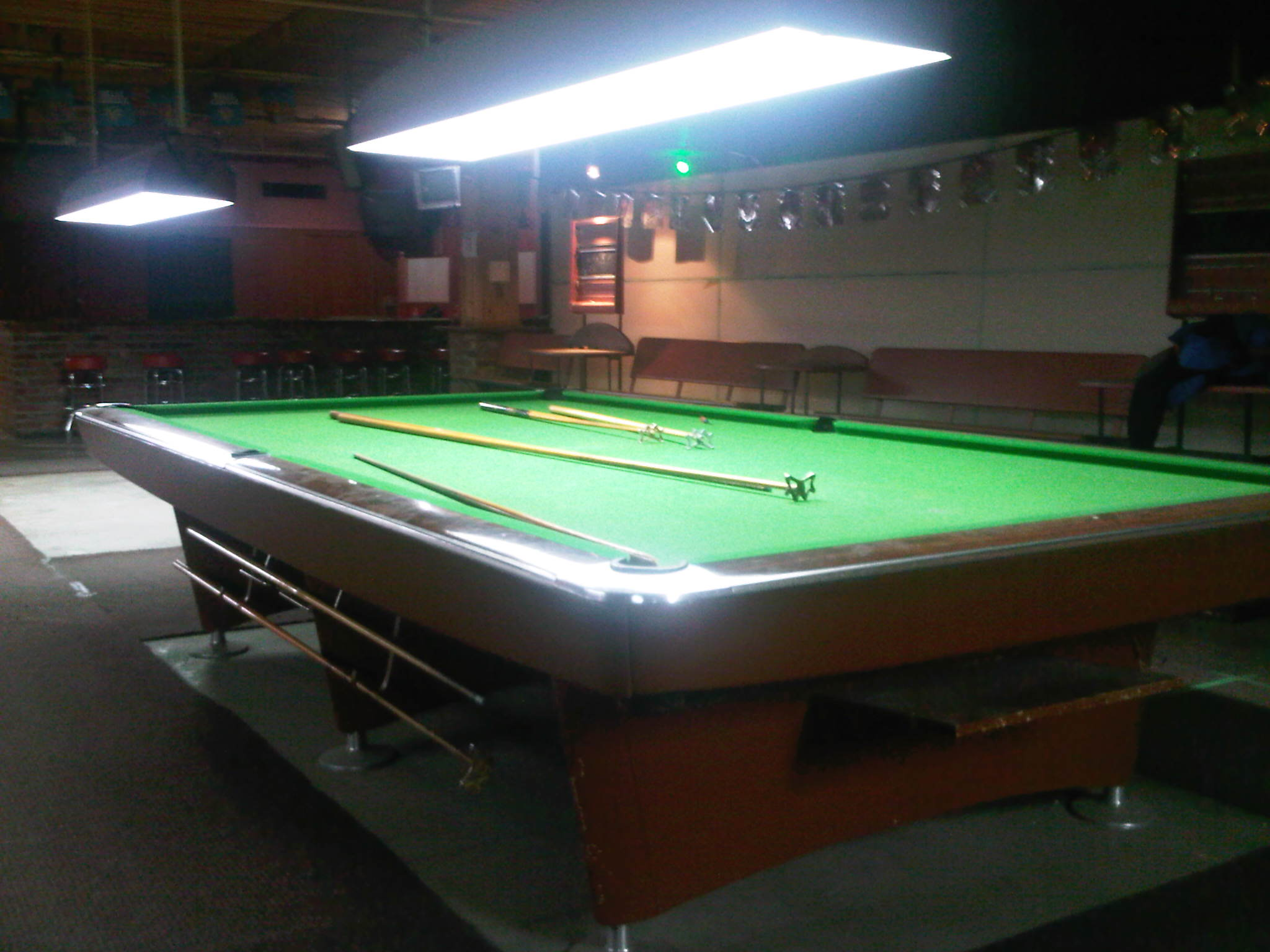 6 Gold Crown Snooker Tables For Sale In Montreal 3000 Ea