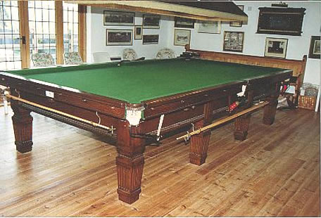 Basement Billiard Room Pictures - Huge pool table